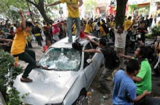 http://xpressminda.files.wordpress.com/2013/01/bersih1.jpg?w=234&h=153